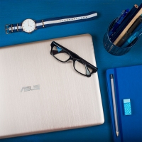 云南电脑商城推荐 华硕飞行堡垒NX580VD轻薄15.6英寸游戏笔记本手提电脑1050显卡 冰金色 i5-7300HQ/4G内存/1TB 硬盘